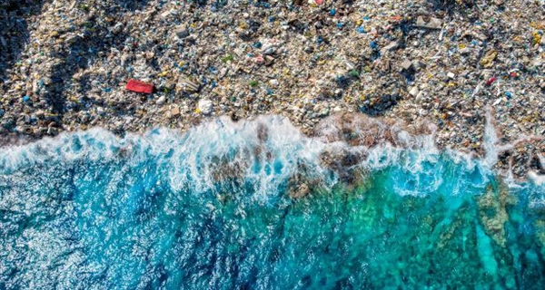 Governments, industry, civil society and UN join forces to beat plastic waste pollution